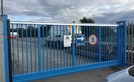 Automatic sliding gates, security and safety