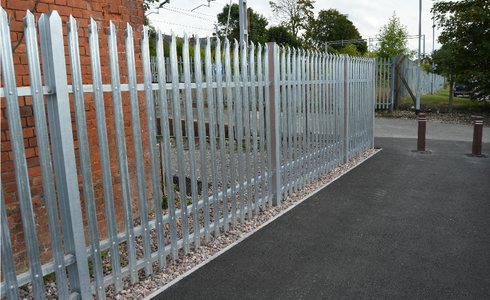 Palisade fencing twin rail
