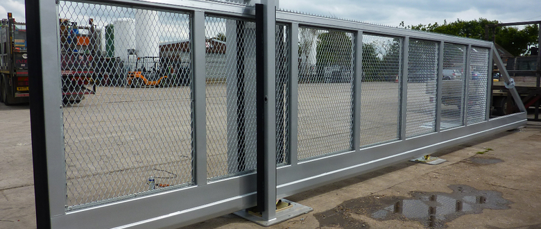 Automatic gates sliding security